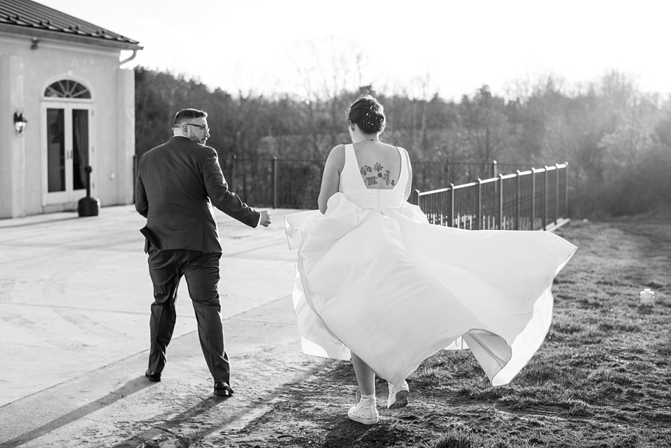 Winter Wedding in Middleburg, VA