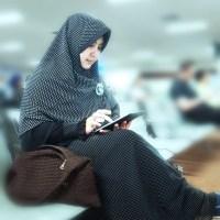 pengusaha hijab munira