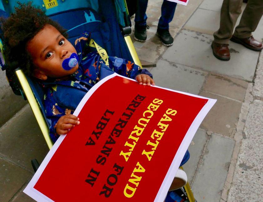 Eritrean community demonstrates outside UNHCR over refugees in Libya