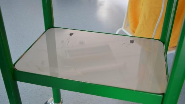 Mesa de una PS4 robada, Hospital Wellington