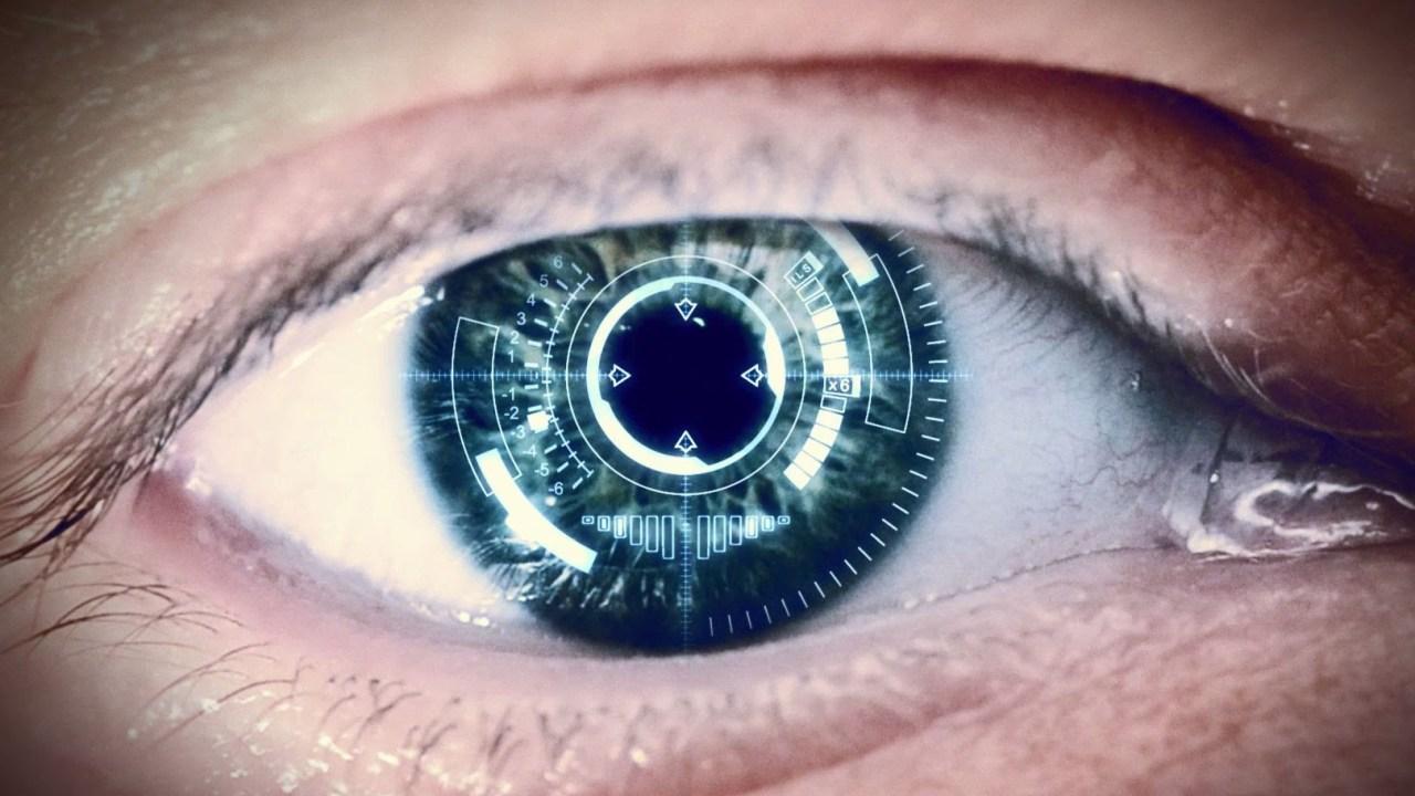 Sony consiguió la patente de lentes de contacto que graban video
