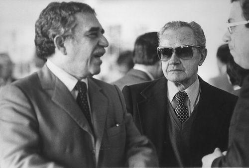 Gabriel García Márquez junto con Juan Rulfo