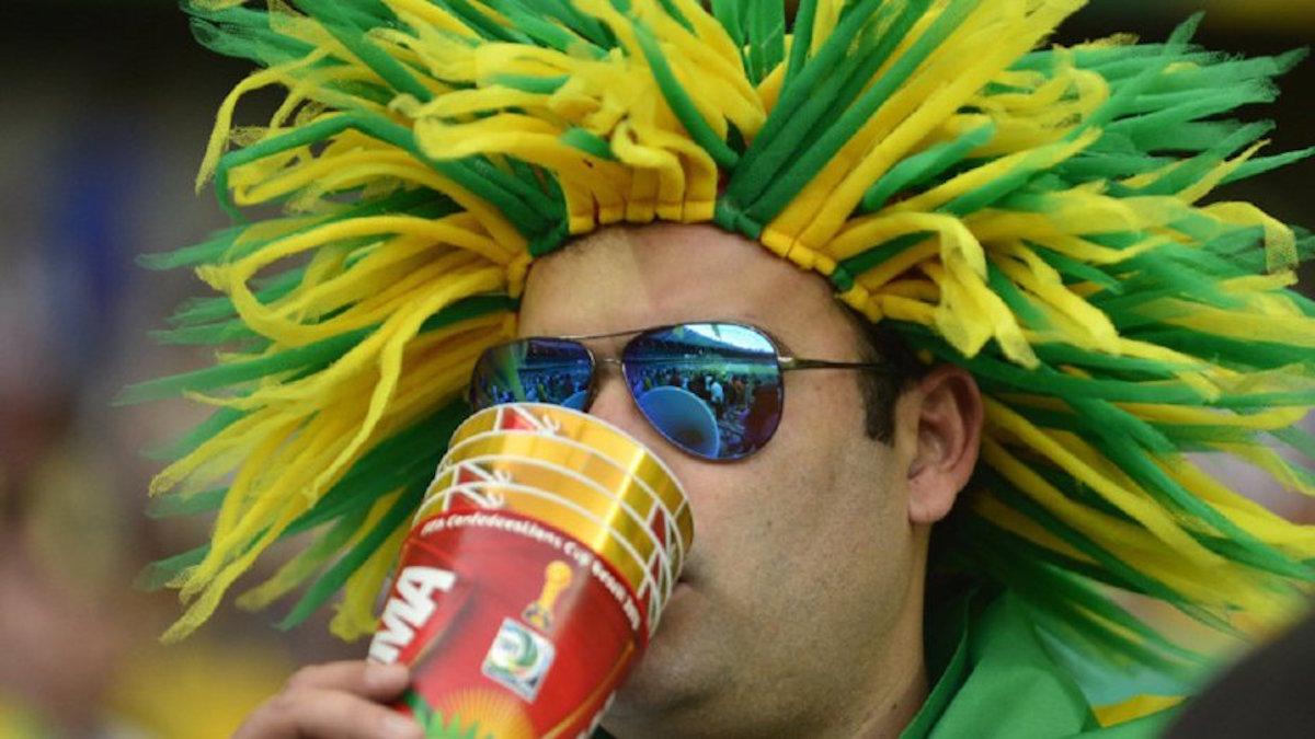 Diputada priista quiere prohibir la venta de bebidas con alcohol de los estadios