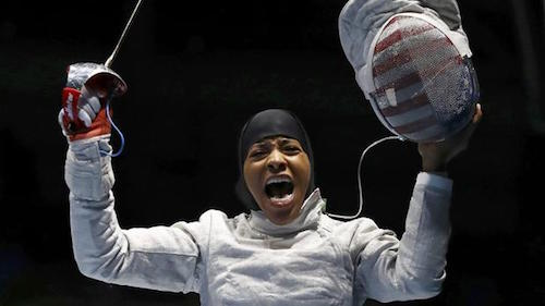 Primera atleta en ganar una medalla olímpica con hiyab