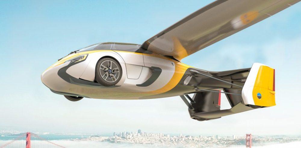 Este es el carro volador Aeromobil 4.0 con alas desplegadas