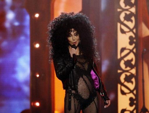 Cher se ve increíble a sus 71 años y lo demostró en los Billboard