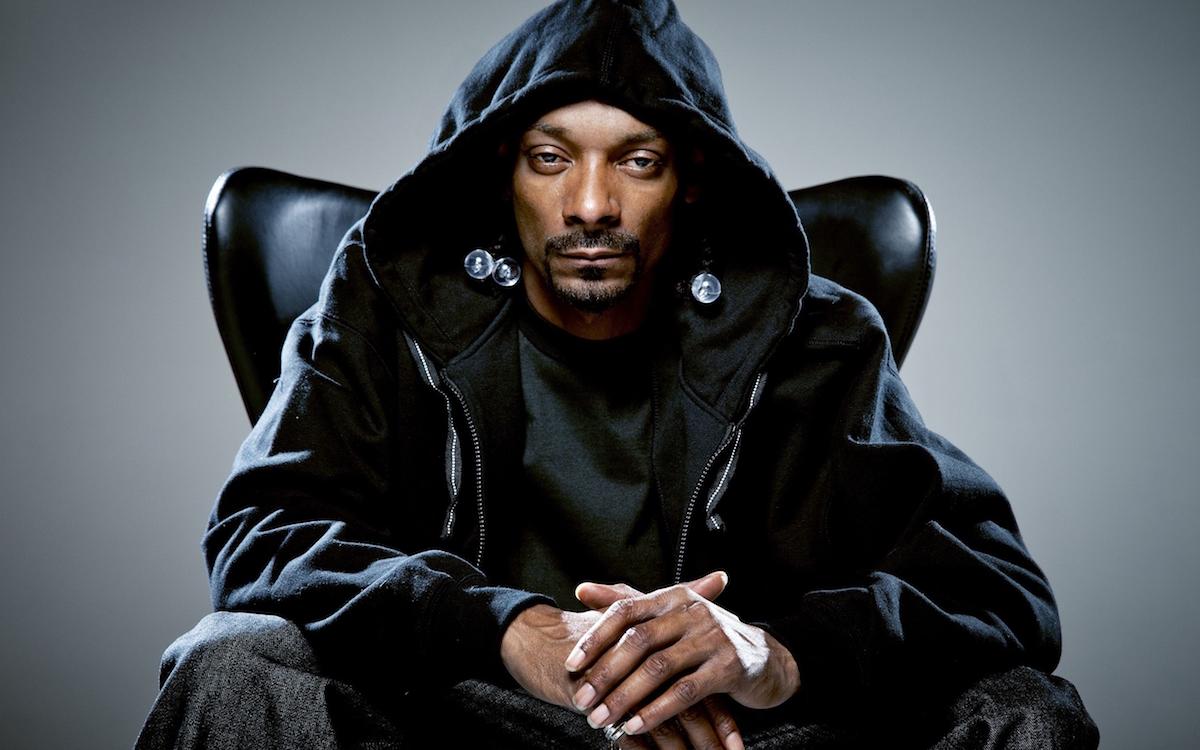 Snoop Dogg se pone romántico y canta un tema de Jenni Rivera