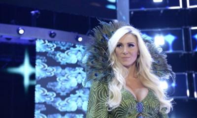 Roban pack de Charlotte de la WWE y esta furiosa