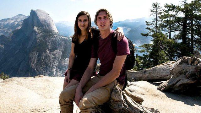Andrew Pasek y su novia Allie