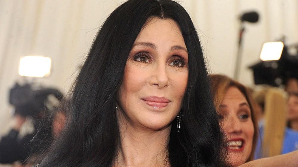 La cantante Cher apoya a los dreamers