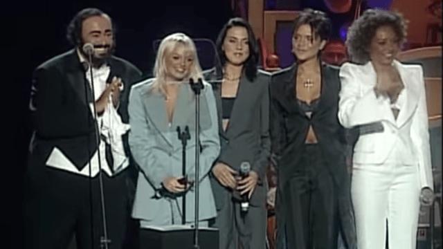 Luciano Pavarotti con las Spice Girls, Pavarotti and Friends