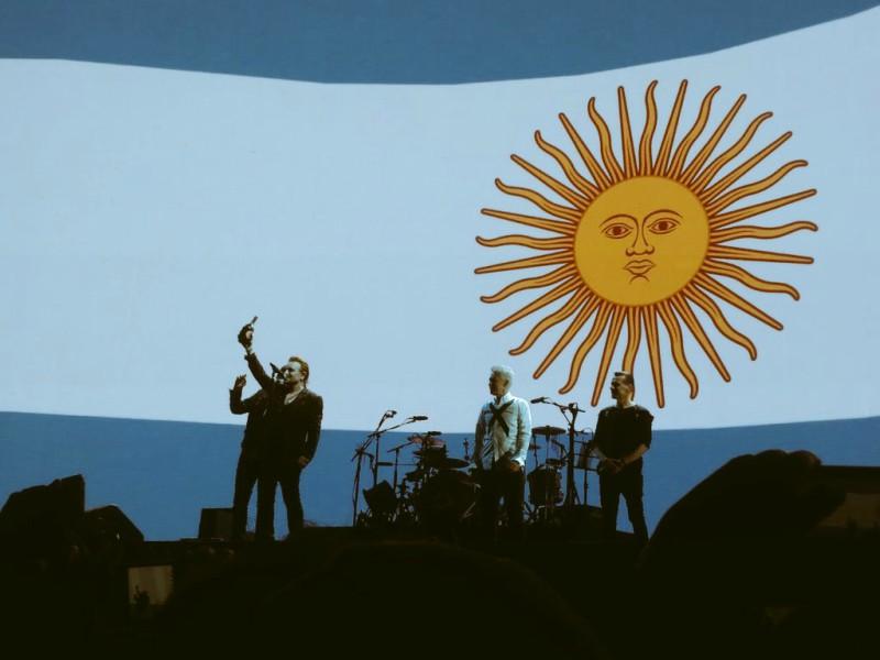 Bono y U2 se rinden ante Lionel Messi