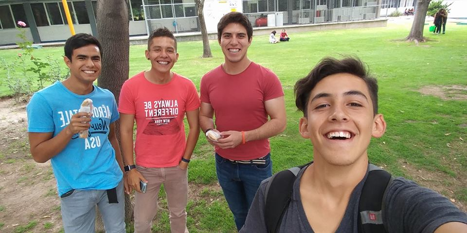 Gerardo Murillo creó la app El niño de los burritos, para llevar a los alumnos de la Universidad Autónoma de Aguascalientes este platillo.