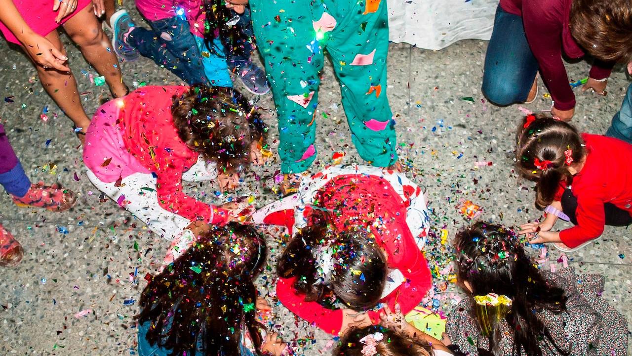 posada, fiesta, diciembre, piñata
