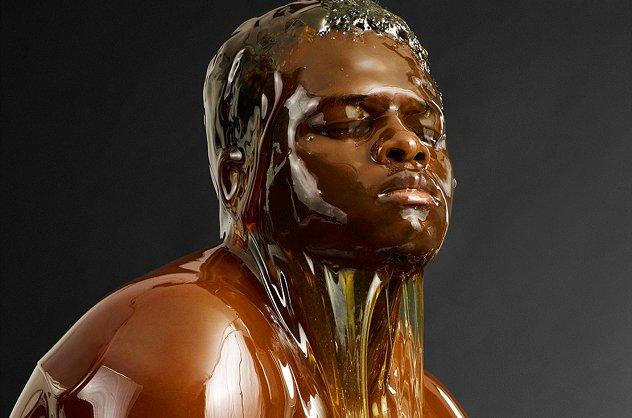 imagen-ilustrativa-humano-cubierto-miel-melificacion-humana-leyenda