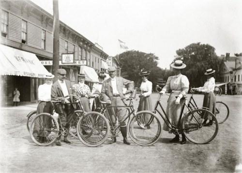 La historia de la bicicleta y la mujer