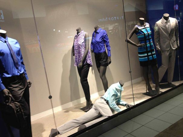 maniquies-horribles-graciosos-reir-aterrorizar-llorar-galeria