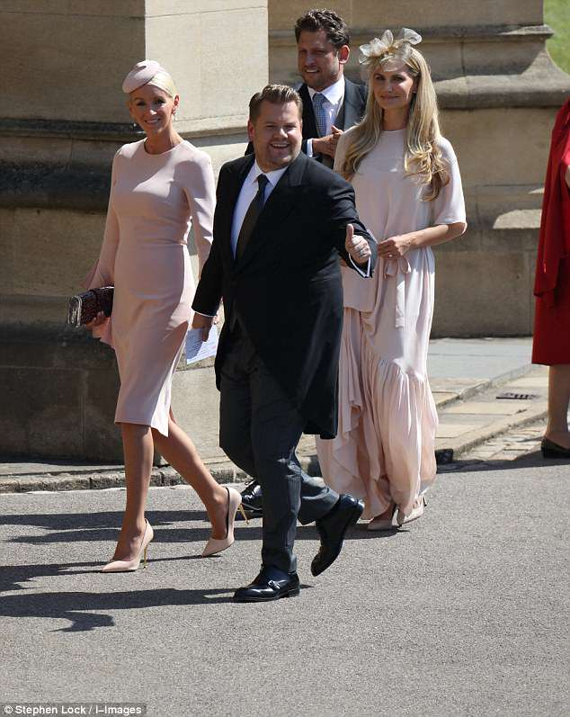Boda Real Invitados Vestido Pareja Color