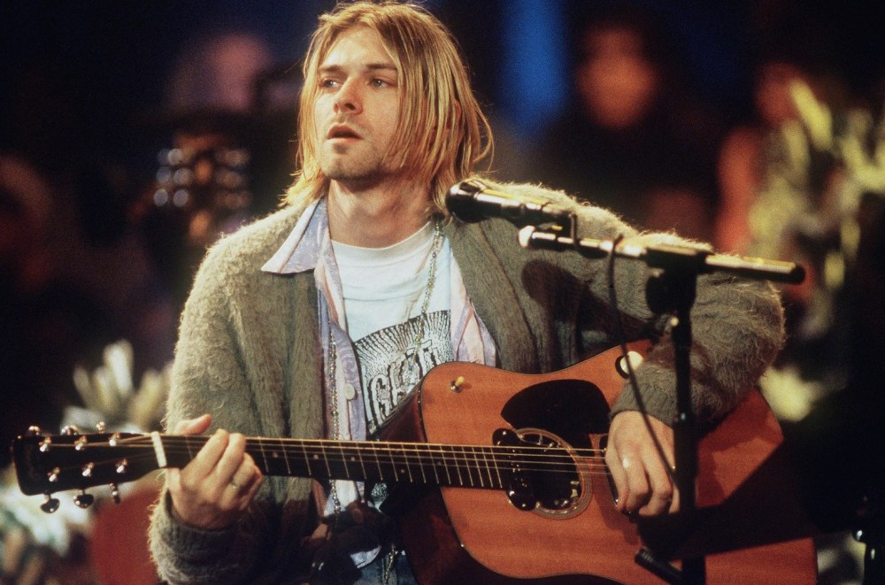 Frances-Bean-Kurt-Cobain-Nirvana-Guitarra