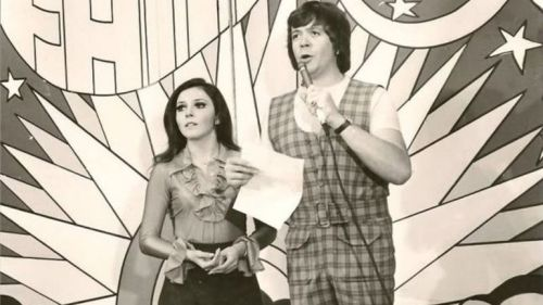 Verónica Castro y Chabelo