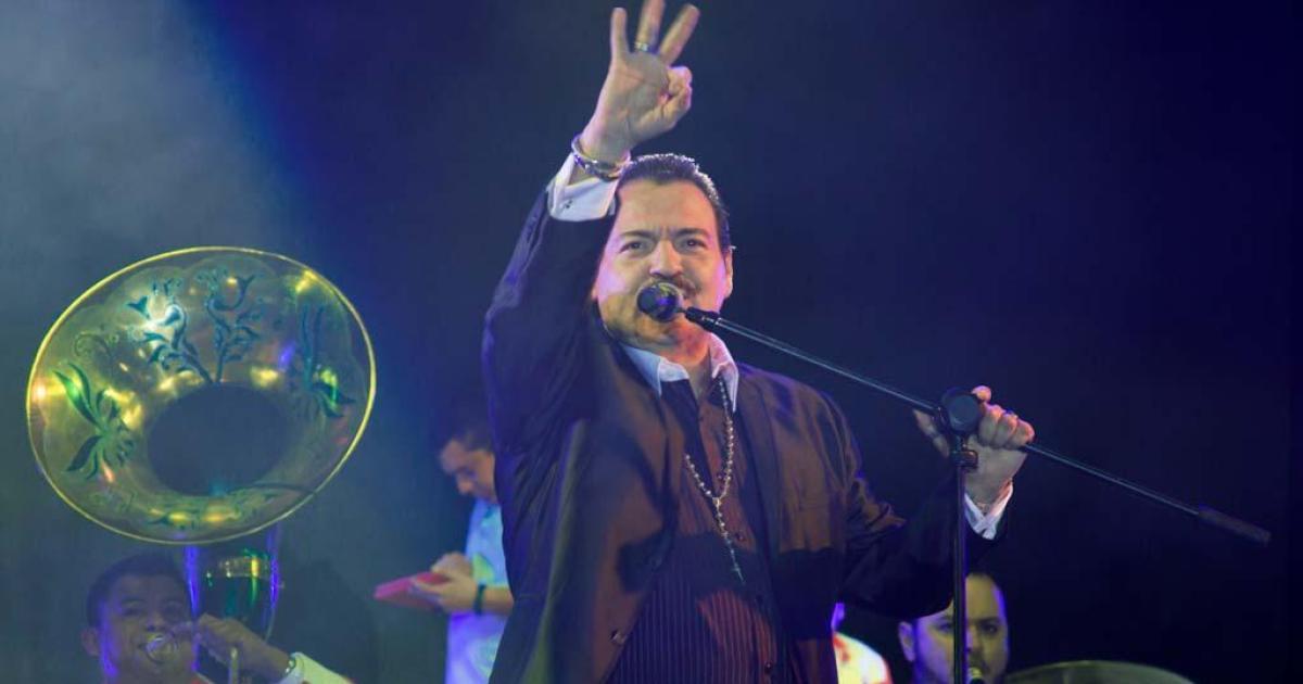 Julio Preciado se encuentra hospitalizado de gravedad