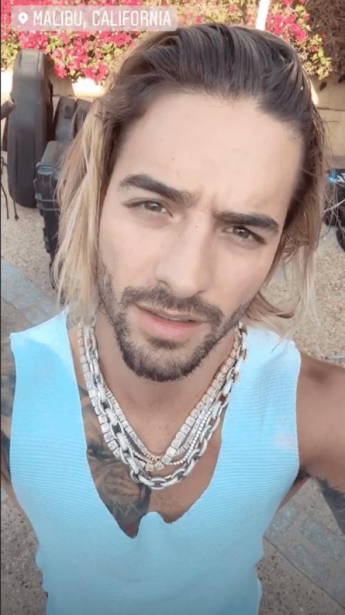 Concursante le pide matrimonio a Carlos Rivera en La Voz