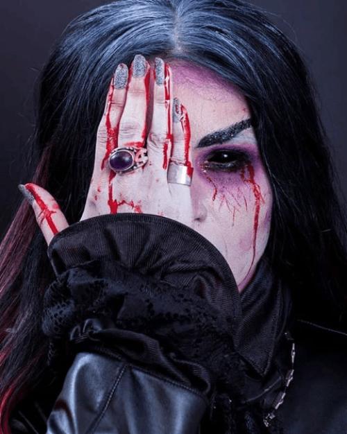 Mujer Vampira en Rumania
