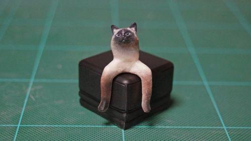 Artista japonés recrea divertidos momentos animales
