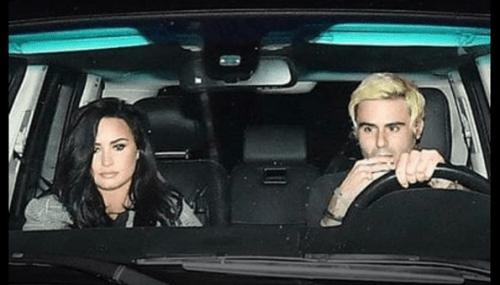 Demi Lovato es captada fuera de rehabilitación
