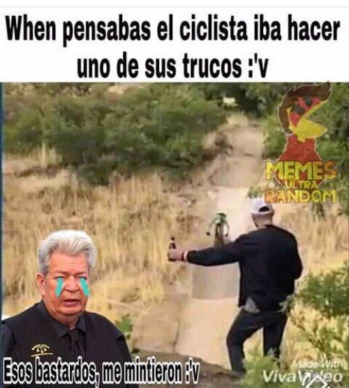 Memes video de la botella y la bicicleta