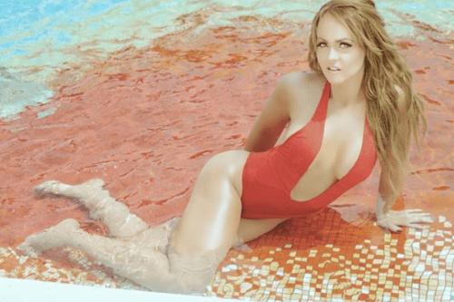 Gaby Spanic hace candente calendario