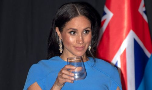 La reina Isabel II le prohibió acceso a Meghan Markle a su colección de joyas