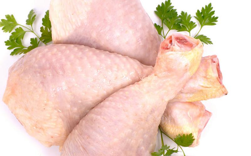 Carne blanca no es más saludable que carne roja: ciencia