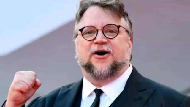 Guillermo del Toro pone chambear de las autoridades mexicana