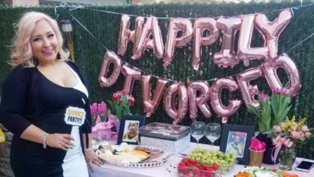 Fiesta Divorcio, Mujer Celebra Divorcio, Catherine Navarro Divorcio, Divorcio, Fiesta De Divorcio, Fiestas De Divorcios México