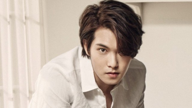 Jonghyun deja CNBLUE tras escándalo por delitos sexuales