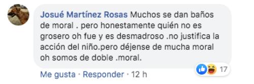 """Niño grita """"Viva México, cabrones"""" en ceremonia escolar"""
