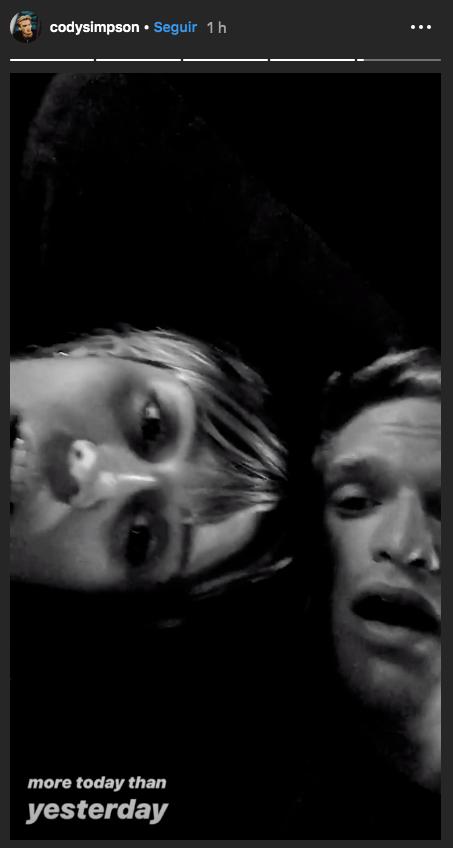 Cody Simpson y Miley Cyrus en una relación