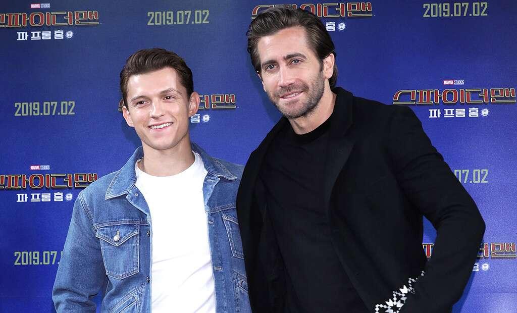 Jake Gyllenhaal anuncia que se va a casar con Tom Holland