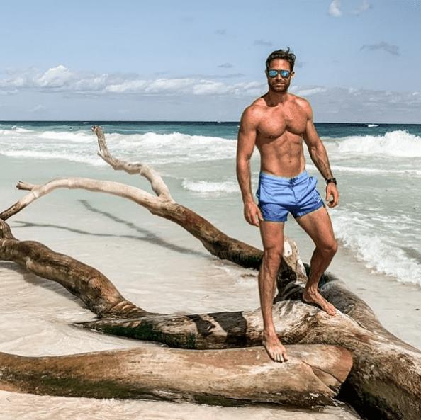 Sebastián Rulli publica foto de sus vacaciones en playa en Instagram