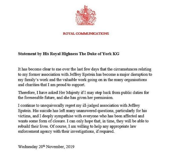 Hijo de la reina Isabel II abandona a la familia real tras escándalo sexual