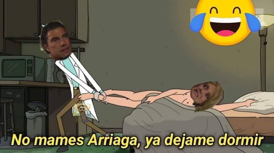 Memes de Arriaga y Victoria de Amores Verdaderos