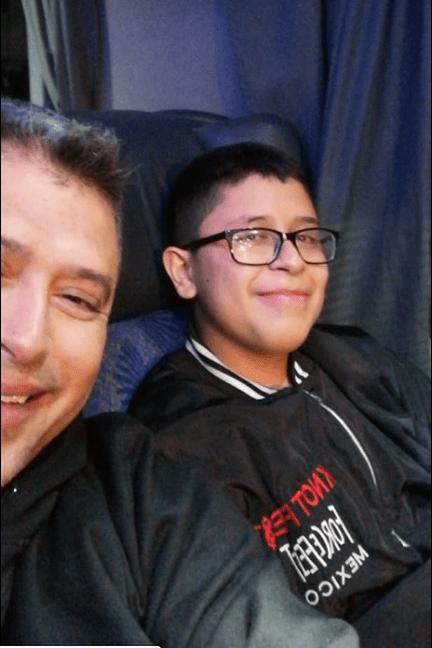 Niño trabajó en taquería para ver Slipknot en Knotfest 2019
