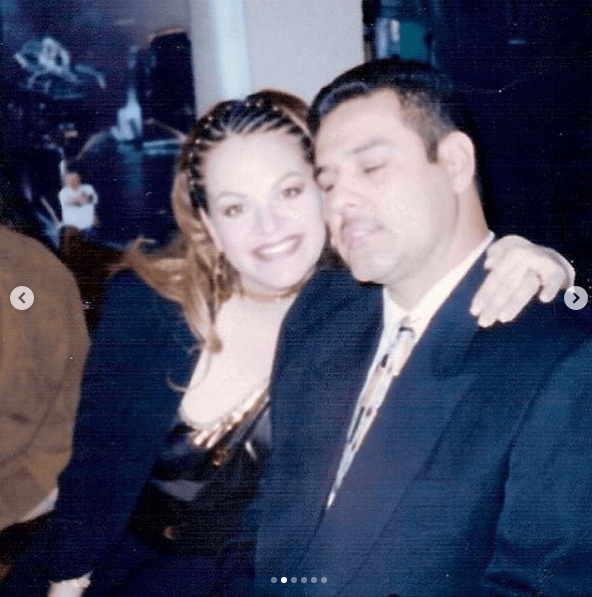 Hijo de Jenni Rivera revela fotos inéditas