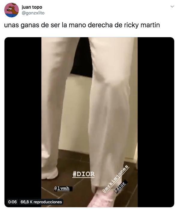 Video de Ricky Martin agarrándose