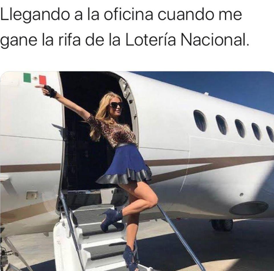 Memes avion presidencial