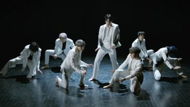 """BTS estrena el MV de """"Black Swan"""" y así reaccionó ARMY"""