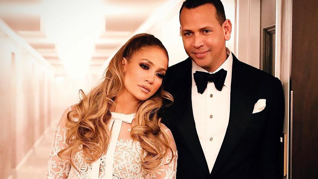 Jennifer Lopez y Alex Rodriguez cumplen el copule challenge de Tik Tok y cuentan sobre su historia