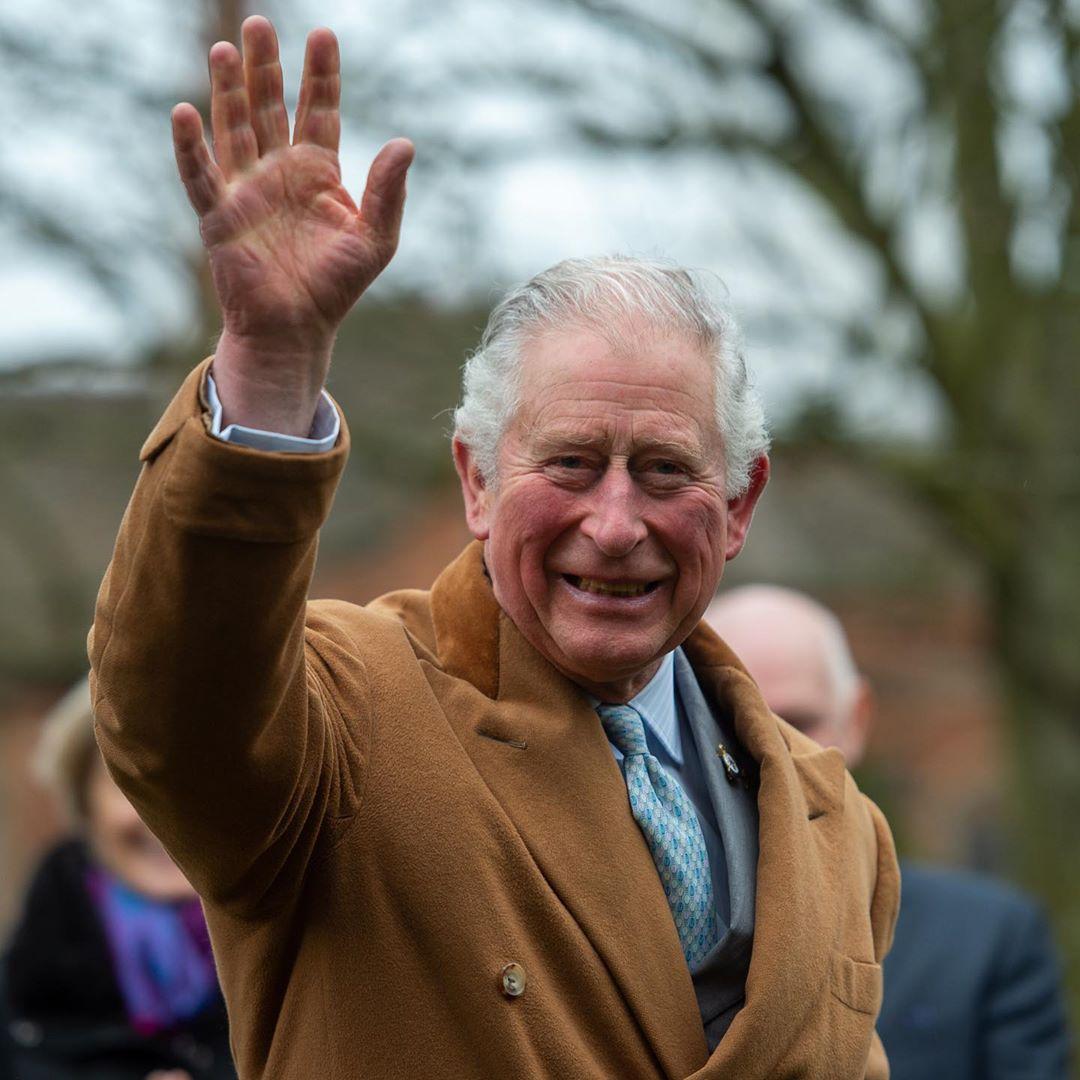 Principe Carlos da positivo por Coronavirus