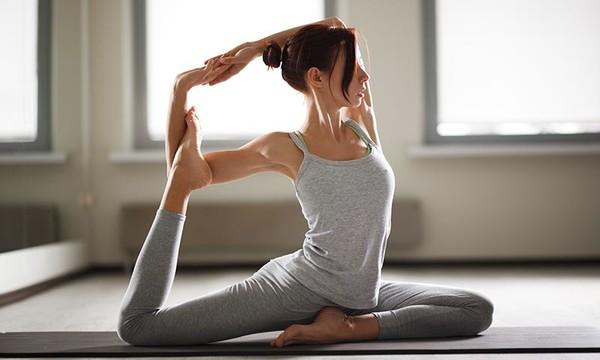 Religión cristiana asegura que hacer yoga es pecado